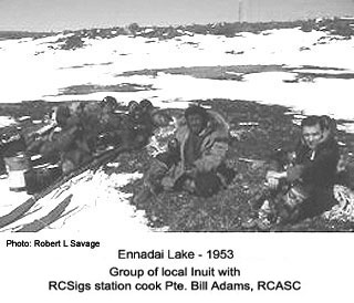 Group of inuit at Ennadai Lake